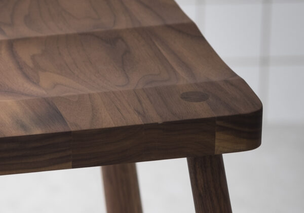IMO WALNUT DETAIL 3