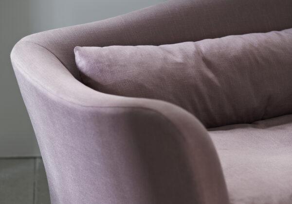 Moreau sofa detail
